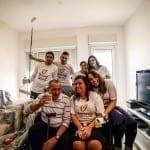arabs-volunteering-holocaust-survivers-social-work
