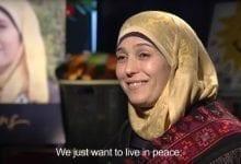 """جائزة مليون دولار ولقب """"أفضل معلمة في العالم"""" لحنان الخروب, فلسطينية من بيت لحم"""