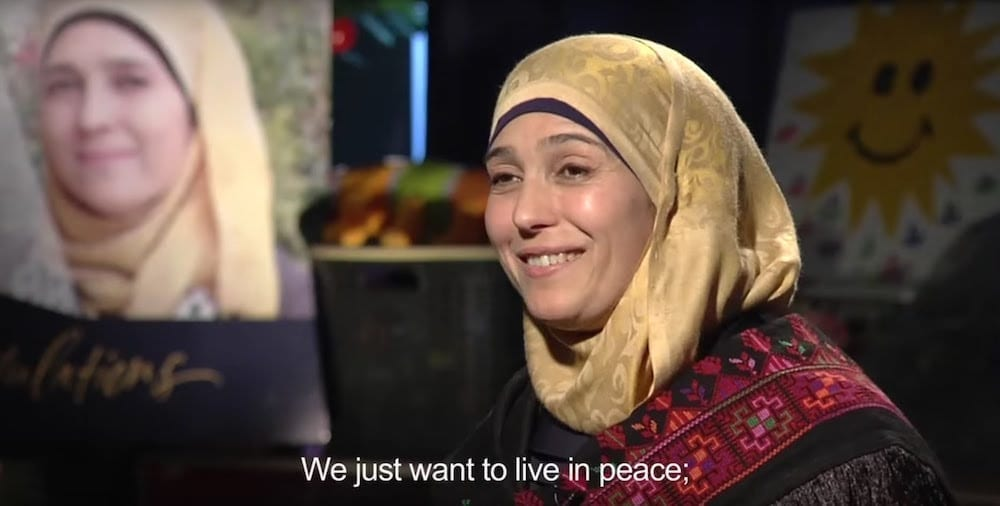 Photo of פרס של מיליון דולר ותואר ״המורה הטובה בעולם״ לחנאן אל חרוב, פלסטינית מבית לחם