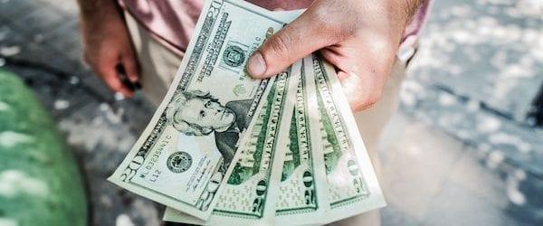 כשהעושר בא על חשבון החיים, האם זה באמת שווה את זה?
