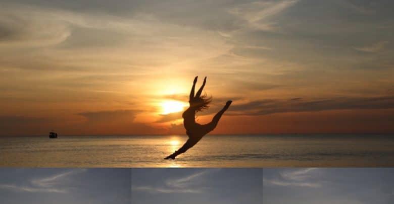 רקדנית על חוף הים