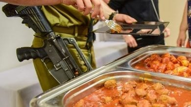 Photo of חייל, האוכל עלינו!