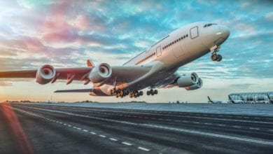 Photo of למה רוב המטוסים צבועים ברובם בצבע לבן?